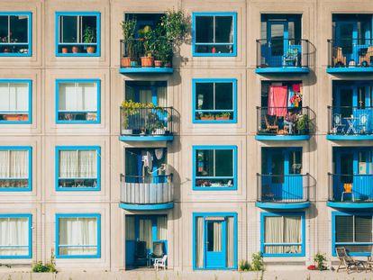 Una fachada de un edificio en Amsterdam (Países Bajos).