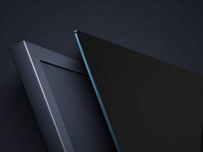 A la derecha la televisión de 4,9 milímetros de espesor de Xiaomi.