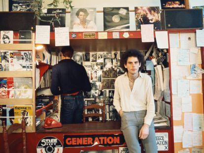 Geoff Travis, fundador del sello Rough Trade y objeto del odio de Morrissey.