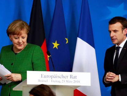 La canciller alemana, Angela Merkel y el presidente francés, Emmanuel Macron.