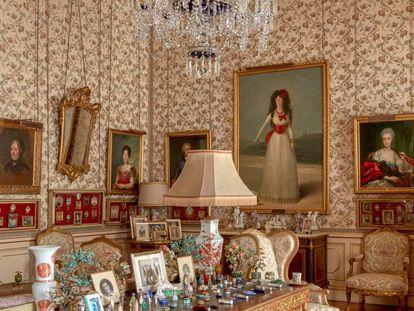 Salón Goya del palacio de Liria, presidido por el retrato de la XIII duquesa de Alba (1795).