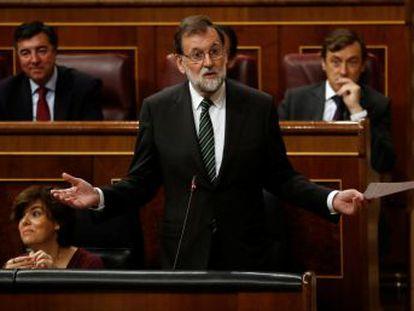 Ambos partidos se comprometen a paralizar el mecanismo de intervención en Cataluña si el 'president' convoca cuanto antes unas elecciones autonómicas