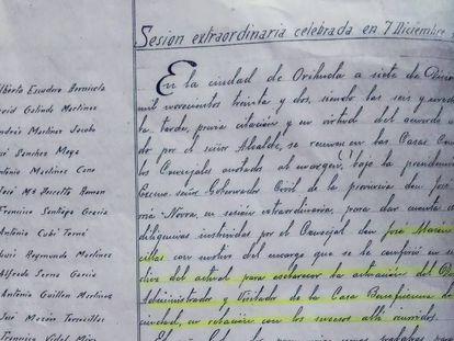 Una copia del acta de la comisión municipal que investigó el caso de abusos en Orihuela.