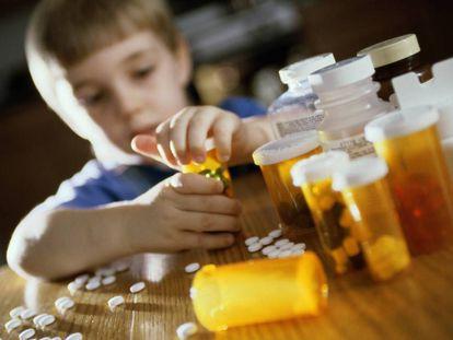 Los niños pueden confundir los medicamentos con chucherías.