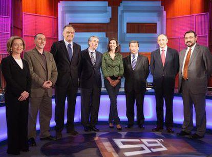 Oramas (CC), Nieto (IU), González Pons (PP), Jáuregui (PSOE), la periodista Ana Pastor, Xuclá (CiU), Erkoreka (PNV) y Cerdá (ERC) en <i>59 segundos</i>.