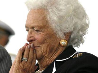 """Primera dama entre 1989 y 1993, esposa y madre de presidentes de EE UU, ha muerto a los 92 años en su casa de Houston. Se la consideró el """"arma secreta"""" de Bush padre"""