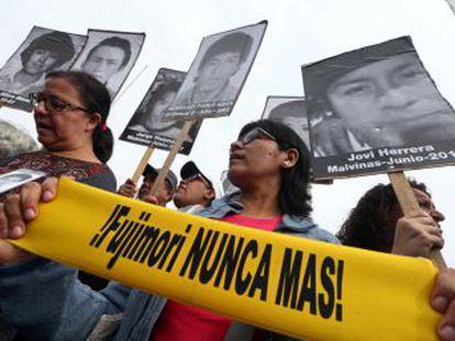 Protestas masivas en Lima y otras ocho ciudades reclaman la renuncia de PPK