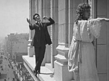 Fotograma del filme 'El borracho y la sonámbula'.