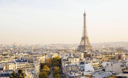 Vista de París con la torre Eiffel.