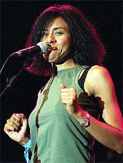 La cantante Malia, durante su concierto en San Sebastián.