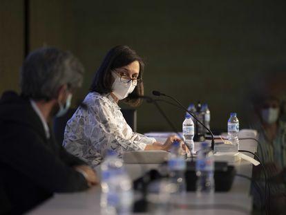 Belén Hermida, hasta ahora decana del COAM, en la Junta de Representantes Extraordinaria en el COAM para debatir la moción de censura contra la Junta de Gobierno.