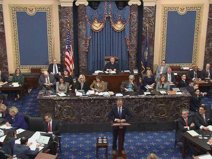 Senado de EE UU, con Adam Schiff en el podio. En vídeo, la intervención de Schiff.