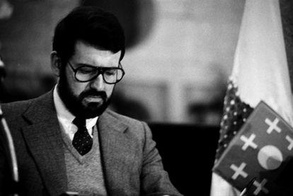 Mariano Rajoy tenía 25 años y acababa de terminar la 'mili' en la Capitanía General de Valencia.