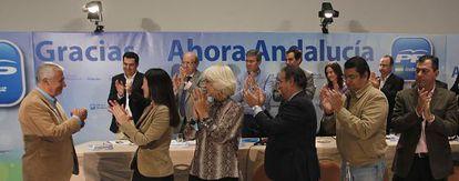 Arenas, ovacionado en la junta directiva regional del PP en Andalucía.
