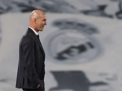 Zinedine Zidane, en un partido del Real Madrid en el Alfredo di Stéfano.