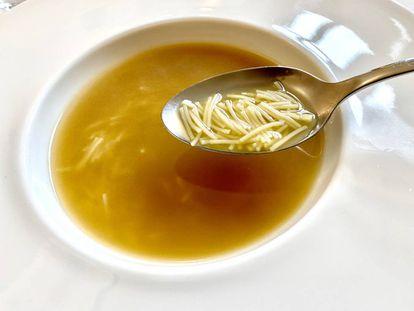 Sopa del cocido. J. C. CAPEL