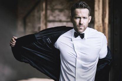Ryan Reynolds ha demostrado que es posible interpretar a hombres duros y mostrar al mismo tiempo sensibilidad. Por eso el actor se ha convertido además en la cara de Armani Code Absolu, el nuevo perfume de Giorgio Armani.