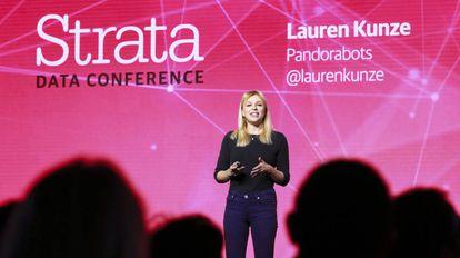 Lauren Kunze, fundadora y directora ejecutiva de Pandorabots.