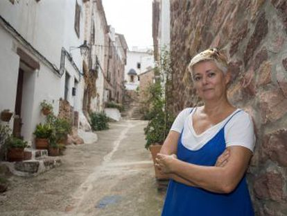 La Generalitat valenciana advierte a una vecina de Vilafamés por hacer visitas guiadas sin la licencia exigida