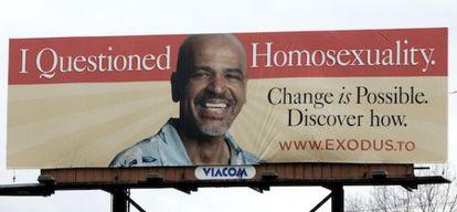 Cartel anunciador de una organización exgay que ofrecía terapias de reconversión sexual.
