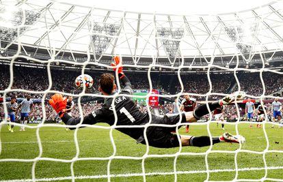 El penalti parado por De Gea.