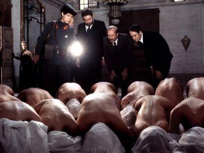 Imagen de la película 'Saló o los 120 días de Sodoma', de Pasolini.
