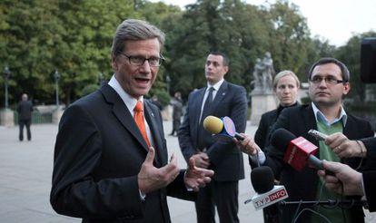 El ministro alemán de Exteriores,Guido Westerwelle, en Varsovia.