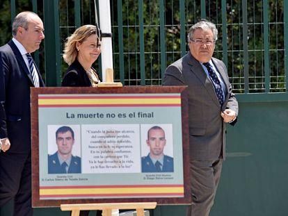 Homenaje a los guardias civiles Carlos Sáenz de Tejada y Diego Salvá, últimos asesinados por ETA en España.