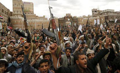 Manifestación este jueves contra los bombardeos en Saná.
