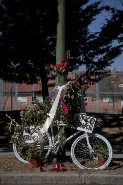 Homenaje al último ciclista muerto en Madrid.