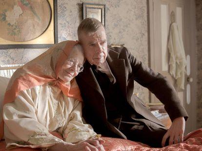 Vanessa Redgrave y Timothy Spall, en 'La sra. Lowry e hijo'.