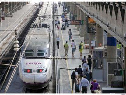 Adif adjudica a la sociedad francesa y a la italiana los paquetes alternativos que abrirán la competencia en los trenes de viajeros en diciembre de 2020