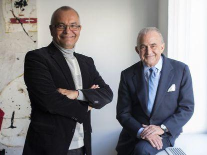 El historiador José Ángel Rodríguez y el empresario Gustavo Cisneros, este viernes en Madrid.