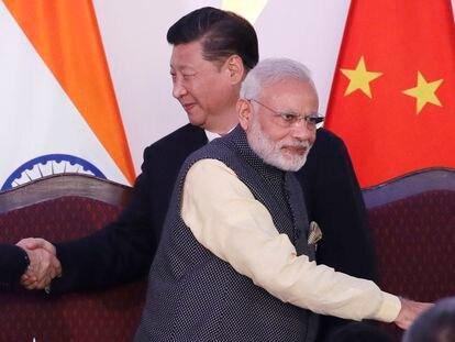 Narendra Modi y Xi Jinping durante la cumbre de los BRICS celebrada en octubre de 2016 en India.