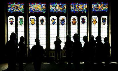 Vidriera del salón principal del Cau Ferrat de Sitges, tras los trabajos de restauración.