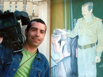Imagen del cámara fallecido José Couso, en Irak, cedida para un reportaje de Tele 5.