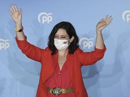 La presidenta de la Comunidad de Madrid, Isabel Díaz Ayuso, la noche electoral.