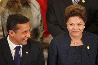 Los mandatarios de (i-d) Perú, Ollanta Humala y de Brasil, Dilma Rousseff. EFE/Archivo
