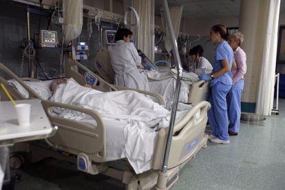 Sala de enfermos críticos del servicio de Urgencias del Hospital Universitario Reina Sofia de Cordoba.