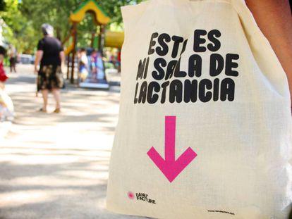 nANUFACTURE, una tienda de bebés de Valencia, reivindica el derecho de amamantar en público
