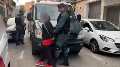 Una de las últimas detenciones de mimebros de bandas juveniles, en este caso de integrantes de la banda Blood.