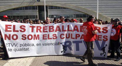 Concentración de trabajadores de Canal 9 contra el ERE.