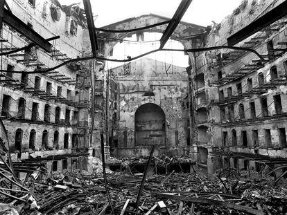 El Liceo de Barcelona, tras el incendio de 1994.
