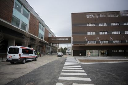 Hospital de Bellvitge (Barcelona) en el que se encuentra ingresado el supuesto abusador sexual.
