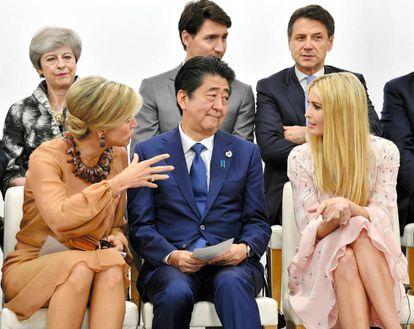 Maxima de Holandaa, Theresa May, Ivanka Trump y el primer ministro de Japón Shinzo Abe, en el G20.