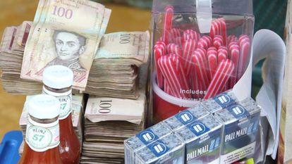 El comercio de venezolanos se ha instalado en las calles de Arauca.