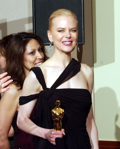 Nicole Kidman con el Oscar a Mejor Actriz que ganó por 'Las horas' en 2003.
