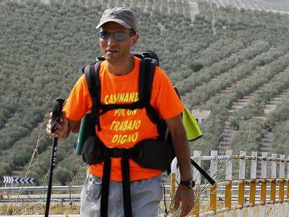 Jesús Manuel Gracia, durante una de las etapas de su marcha.