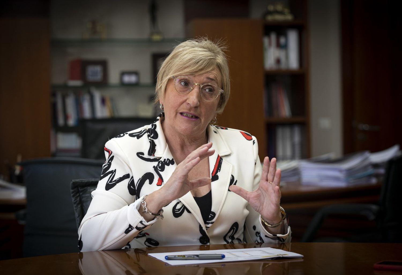 Ana Barceló, en su despacho.