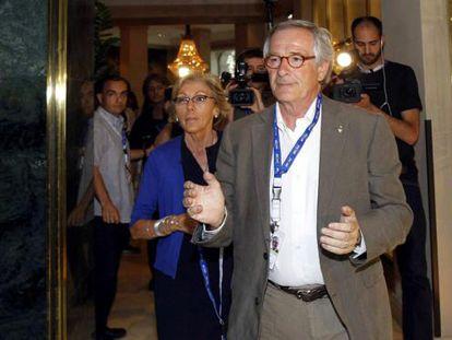 Xavier Trias entrando en el hotel Majestic de Barcelona.